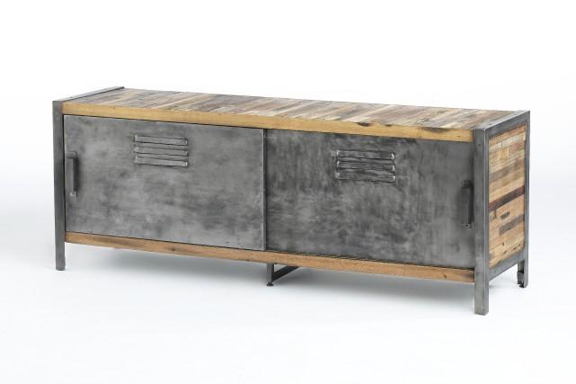 Une table pour la télé... (Photo fournie par Artemano)