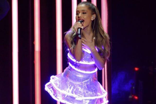 Ariana Grande a reçu le prix de la... (Photo: Reuters)