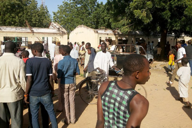 L'explosion s'est produite dans une école secondaire publique... (PHOTO ADAMU ADAMU, AP)