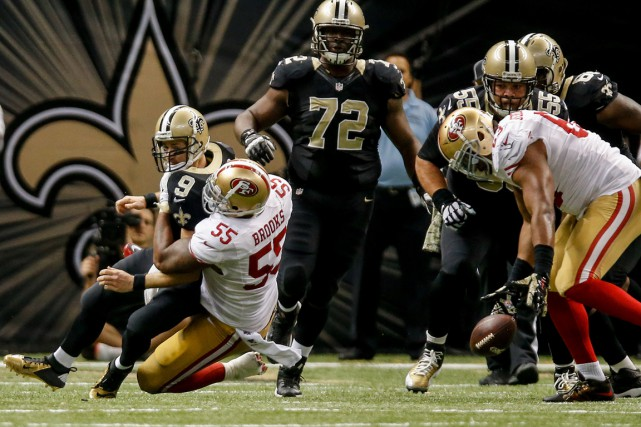 Ahmad Brooks (55), des 49ers, a fait perdre... (Photo Derick E. Hingle, USA Today Sports)