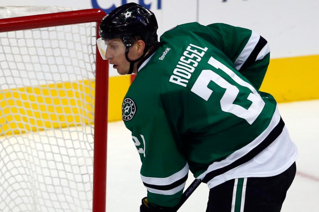 Antoine Roussel... (Photo Tony Gutierrez, AP)