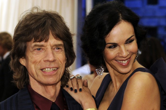 Mick Jagger et L'Wren Scott en mai 2012.... (Archives AFP)