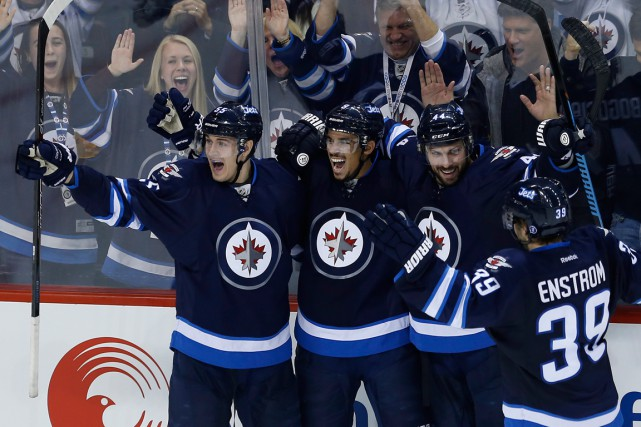 Les Jets de Winnipeg tenteront de prolonger à... (Photo John Woods, PC)