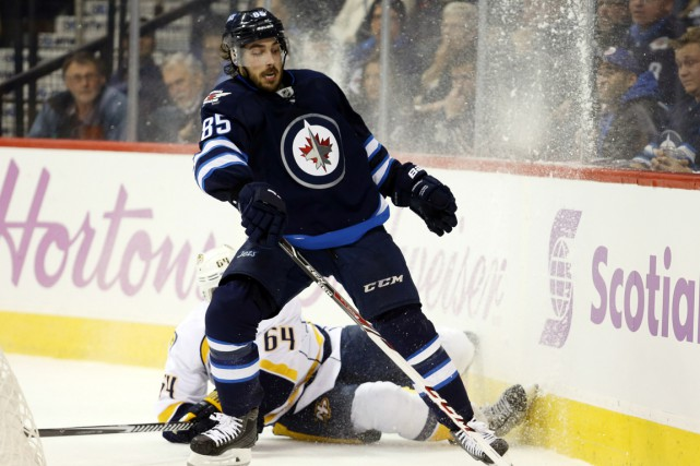 Mathieu Perreault... (Photo Bruce Fedyck, USA Today Sports)