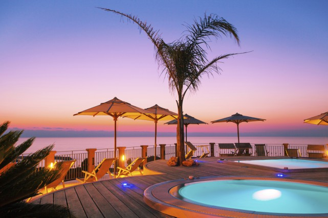 Petit tour d'horizon de nos préjugés à propos des vacances au soleil et de la... (Photo Digital/Thinkstock)