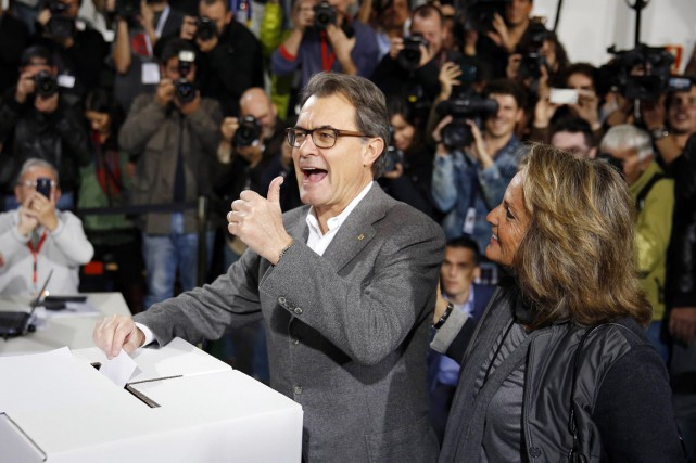 Artur Mas a pris un pari risqué, et il... (PHOTO PAUL HANNA, ARCHIVES REUTERS)