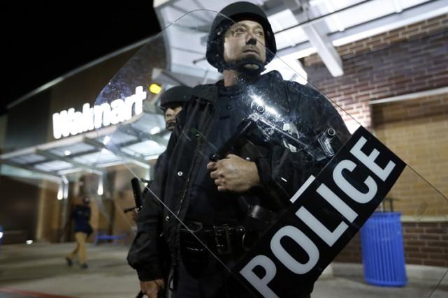 Les autorités et les commerçants se préparent à... (Photo: Reuters)