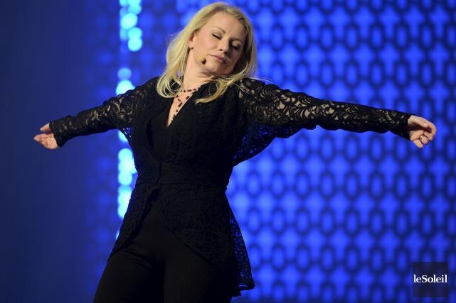 Élégante, tout de noir vêtue, Cathy Gauthier qui... (Le Soleil, Erick Labbé)