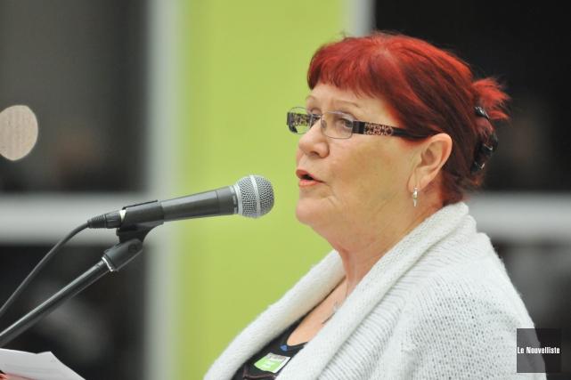 L'intervention de Diane Borgia, porte-parole de Shawinigan citoyens... (Photo: Émilie O'Connor Le Nouvelliste)