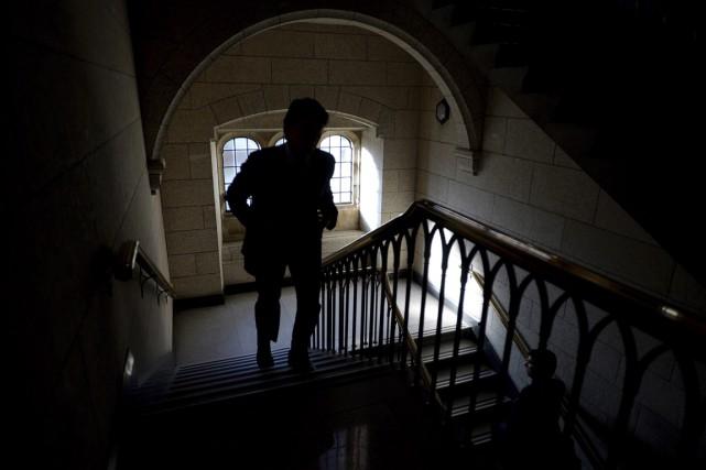 Les problèmes d'inconduite sexuelle dans le monde politique font souvent... (PHOTO SEAN KILPATRICK, ARCHIVES LA PRESSE CANADIENNE)