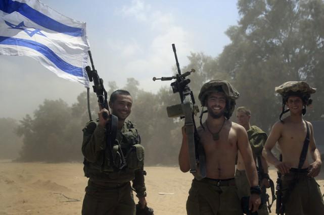 La guerre entre Israël et les groupes armés... (Archives AP)