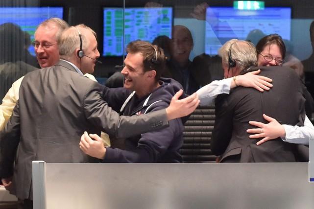L'équipe de la mission Rosetta s'est félicitée une... (Photo AP)