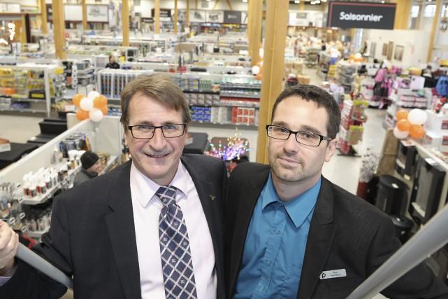 Michel Leclerc, directeur général Potvin & Bouchard, et... ((Photo Gimmy Desbiens))