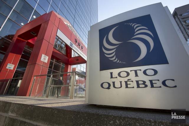Loto-Québec conserve des intérêts dans deux casinos en... (PHOTO ROBERT SKINNER, ARCHIVES LA PRESSE)
