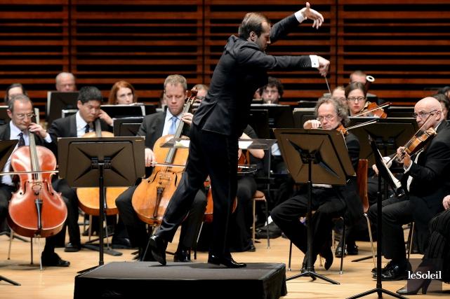 L'interprétation élégante de l'orchestre, dirigé avec grâce par... (Le Soleil, Erick Labbé)