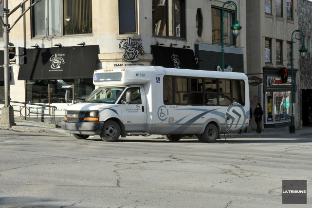Depuis quelques semaines, le transport adapté à la Société de transport de... (Archives La Tribune, Claude Poulin)