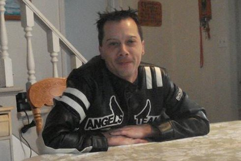 Le Robervalois Yanick Routhier fait face à plusieurs chefs d'accusation, après... (Photo Facebook)