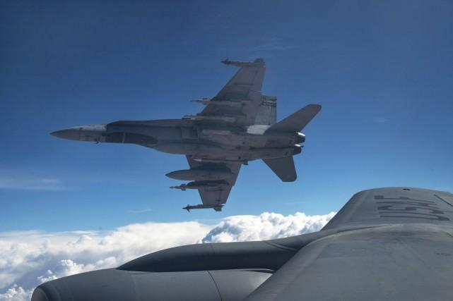 Deux CF-18 ont bombardé une position de combat... (PHOTO LA PRESSE CANADIENNE)