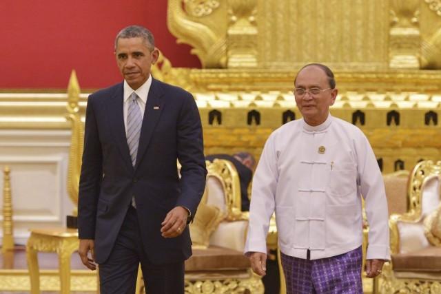 Barack Obama a rencontré jeudi dans la capitale... (PHOTO MANDEL NGAN, AFP)