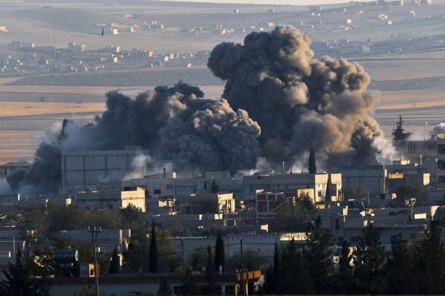 L'aviation américaine a frappé le groupe djihadiste Khorassan jeudi en Syrie,... (Photo Vadim Ghirda, Archives AP)