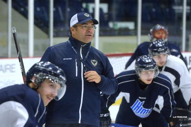 Ce n'est que le mois de novembre, mais l'entraîneur-chef du Phoenix, Judes... (Archives, La Tribune)