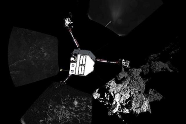 L'existence du robot, posé sur le noyau de... (PHOTO REUTERS/ESA)