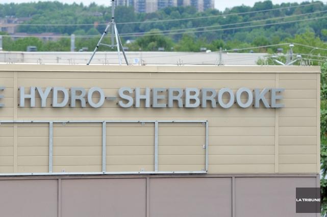 L'installation de compteurs électroniques parHydro-Sherbrooken'a pas entraîné... (Archives La Tribune, Maxime Picard)