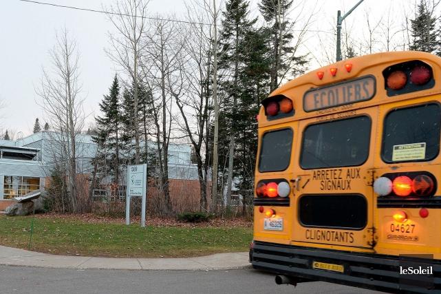 Les écoles secondaire et primaire de Val-Bélair sont sous haute surveillance... (Le Soleil, Erick Labbé)