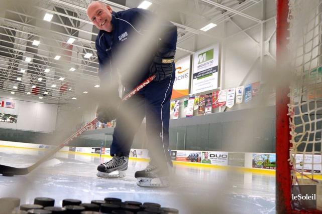 Guy Chouinard est aujourd'hui entraîneur-chef des Lions du... (Le Soleil, Yan Doublet)