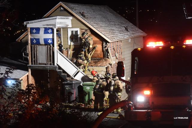 Un incendie vraisemblablement causé par un feu de cuisson a endommagé vendredi... (IMACOM, Maxime Picard)