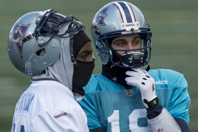 Le demi inséré des Alouettes S.J. Green et... (Photo Paul Chiasson, La Presse Canadienne)