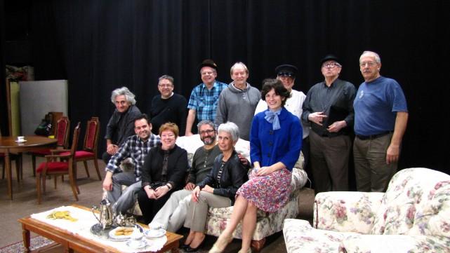 La distribution d'Arsenic : Pierrette Boisvert, Glady's Roque,... (Photo de courtoisie, Théâtre du Village d'Orléans)