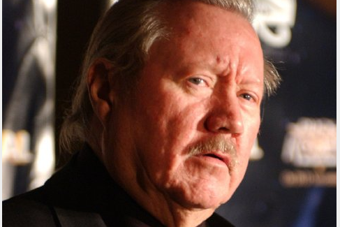 Glen A. Larson... (Photo IMDB)