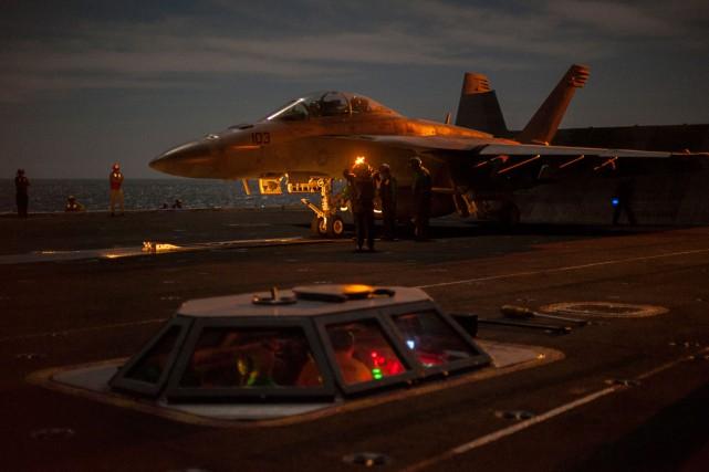 Les avions de la coalition «ont mené au... (Photo archives AFP/ Armée américaine)