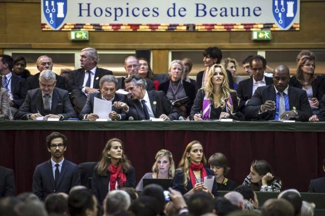 Le groupe de Québécois achetait pour la première... (PHOTO JEAN-PHILIPPE KSIAZEK, AFP)