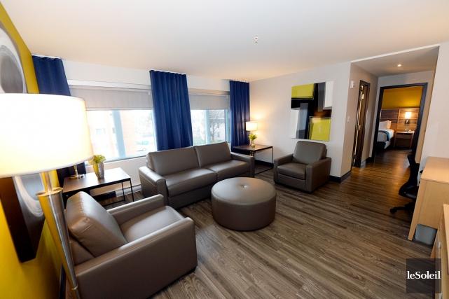 Les suites de luxe sont constituées d'une chambre,... (Le Soleil, Erick Labbé)