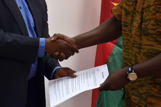 Le diplomate Michel Kafando a été choisi comme président de la transition du... (Photo ISSOUF SANOGO, Archives AFP)