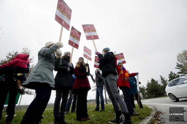 Les étudiants de l'Université de Sherbrooke en ont été quittes pour quelques... (Imacom, Julien Chamberland)