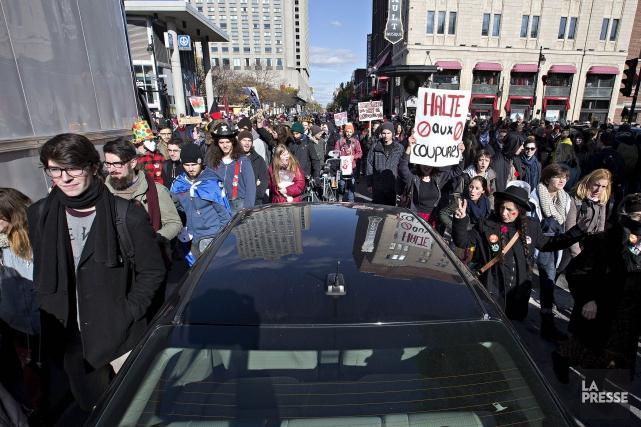 Une manifestation contre l'austérité à Montréal le 31... (PHOTO PATRICK SANFAÇON, ARCHIVES LA PRESSE)