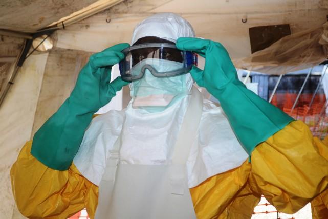 L'épidémie d'Ebola qui sévit depuis le début de... (PHOTO CELLOU BINANI, ARCHIVES AFP)