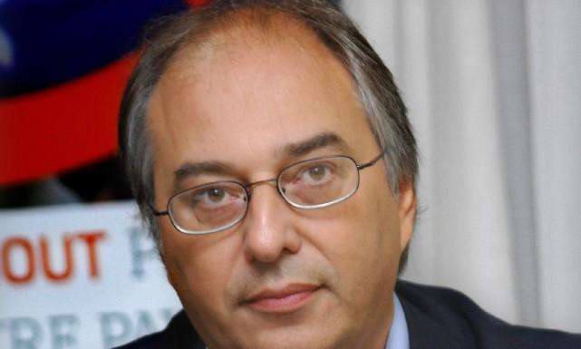 Professeur de sciences politiques et instigateur de la... ((Archives))