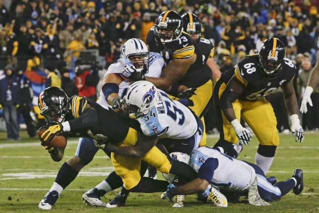 Ben Roethlisberger a rejoint Antonio Brown sur 12 verges pour un touché avec... (Photo: AP)