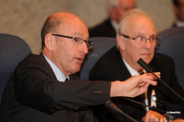 Le maire Yves Lévesque a présenté son rapport... (Photo: François Gervais, Le Nouvelliste)
