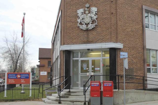 Selon une récente étude, 45% des bureaux de poste situés à l'extérieur des... ((Photo Isabelle Tremblay))