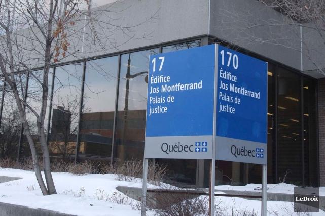 La police de la MRC des Collines-de-l'Outaouais confirme que cinq nouveaux... (Archives, LeDroit)