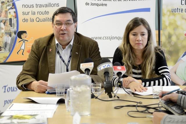 Pierre Dostie, directeur du CRD, et Marie Lehoux,... ((Photo Jeannot Lévesque))