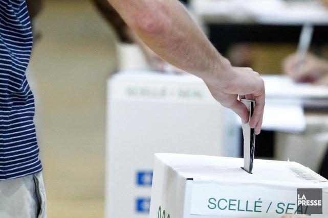Les partis politiques du Québec ont été frappés par une baisse significative...
