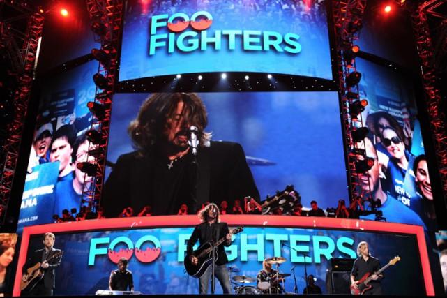 Les Foo Fighters, dont le dernier album puise dans les racines de la musique... (Photo: AFP)