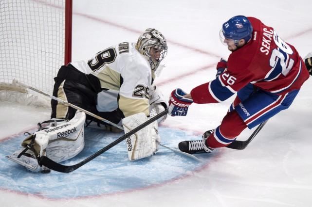Marc-André Fleury a chassé quelques démons en signant... (La Presse Canadienne)