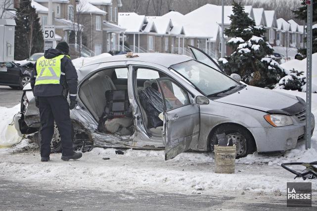 Le 13 février dernier, une voiture banalisée conduite... (PHOTO PATRICK SANFAÇON, ARCHIVES LA PRESSE)